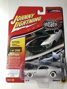 Johnny Lightning 1970 Ford Mustang Boss 429  MCACN  white tires  Muscle Cars USA