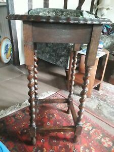 Vintage antique round top wooden occasional coffee side table barley twist legs
