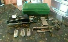 New listing Vtg Singer Buttonholer w/3 Templates Heavy Plastic Green Case and Extras!