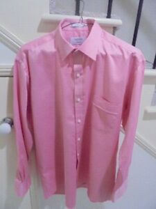 MENS NEW VAN HEUSEN Classic Fit L/Sleeve Size 40 / 86 Red Business Formal SHIRT