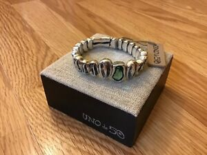 """NWT Uno de 50 Silver-plated Stretch Bracelet w/ Green Crystal """"Reptile"""""""