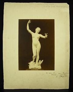 Foto de Una Escultura Felix Carpintero Firmada A Pintor William Tuercas