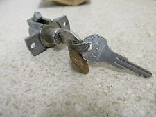 1946 1947 KAISER FRAZER GLOVE BOX DOOR LOCK WITH KEY