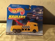 1998 Hot Wheels Haulers Yellow Big Rig Tow Truck