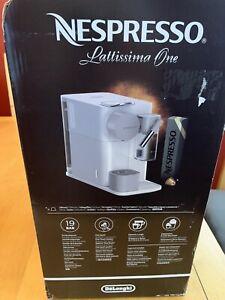 Nespresso Lattissima One EN500.BW Espresso Machine
