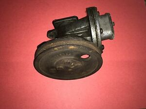 72 73 74 75 Peugeot 504 Original Air Injection Pump #2