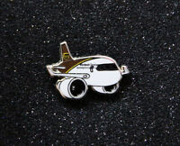 Pin UPS AIRLINES chubby pudgy Boeing 767 1inch / 25mm metal Boeing 767-300ERF