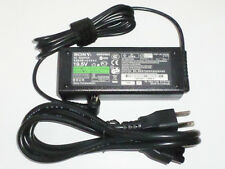 19.5V Original AC Adapter FOR SONY VAIO SVE151D11L SVS131B11L Notebook 92w New