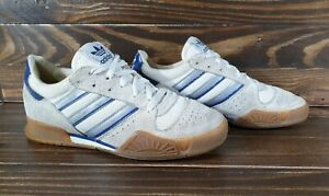 Vintage Adidas Volleyball 1988 , size 6 ,  made in Taiwan