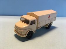 Wiking Mercedes Truck L 1413 Ambulance Cream White 1/87 Scale Good Condition