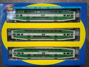 """Athearn 3-PK Go Transit HO Scale Control Car & Coaches 200,2330,2307 """"30 Years"""""""