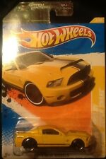 Hot Wheels 2011 Green Lantern 2010 Ford Shelby GT-500 Super Snake 1:64 MINT