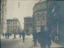 Italie, Florence, Rue Martelli  Vintage silver print, provenant d'un album