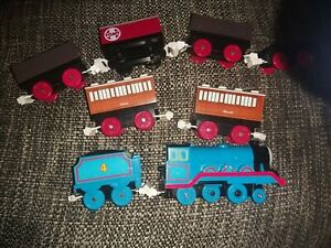 tomy thomas trackmaster battery train with annie and clarabel