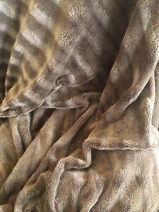 Homesmart Faux Fur  Bedding Super Soft Throw Blanket Brown