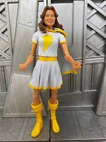 "DC Universe Classics Mattel DCUC Wave MARY MARVEL Variant 6"" Action Figure 1"