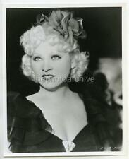 Stunning MAE WEST CANDID PHOTO 366H