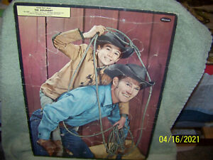 vintage 1950's tray puzzles   tv characters { the rifleman}