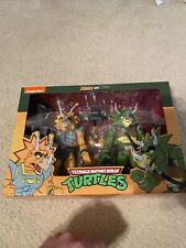 "NECA Teenage Mutant Ninja Turtles: Captain Zarax and Zork 7"" Action Figures..."
