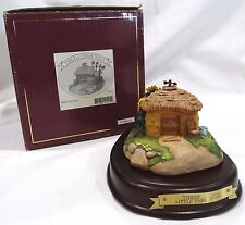 WDCC Disney Classics Three Little Pigs Fifer Pig Straw House w/coa