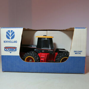 Scale Models Versatile 936 4WD Tractor made USA 1/32 VS-JLE395DS-B