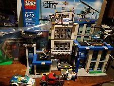 LEGO City Police Station (60047) USED NO MINIFIGURES