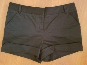 Betsey Johnson Cuffed Black Shorts size 6 Stretch