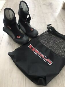 Sola Wetsuit Boots Size 5 New With Storage Bag 5 Mm