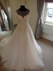 Wedding Dress by Justin Alexander Style 8852