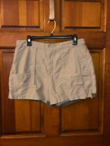 Women's American Eagle Outfitters Tan Cargo  Shorts Size 12