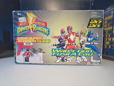 MIGHTY MORPHIN POWER RANGERS SUPER SOAKED WATER PISTOL HOLSTER AND BELT