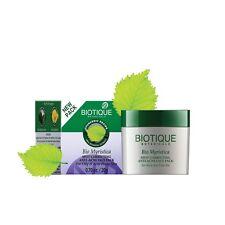 Biotique Bio Myristica Spot Correcting Anti-Acne Face Pack 20 gm