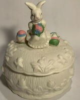 Vintage Easter Bunny Rabbit Spring Decoration Large Covered Candy Nut Dish