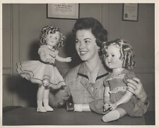 REPRINT OF A VINTAGE IMAGE OF SHIRLEY TEMPLE WITH THE 1935 AND 1937  DOLLS. 8x10