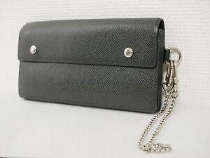 Louis Vuitton Taiga Portefeuille Accordion wallet M30998 Aldwards Black #4519P