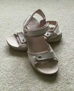 CLARKS SPRINGERS  Summer Sandals Size UK 7