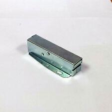 Securit B5452 Touch Latch - For Loft Hatch & Attic Doors - Push Cupboard Catch