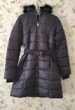 Women's Coat Quilted Padded Light Warm Long Jacket By New Look Size 8.