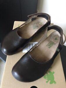 El Naturalista Sandals 5
