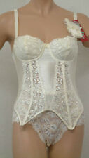 Lepel 81108 Capri Lace Underwired Padded Cup Basque In Ivory