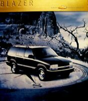 2000 Chevrolet Chevy Blazer Truck Sales Brochure LS LT ZR2 TBZ, Original Xlnt