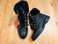 Ralph Lauren Lanescot lace up faux fur women's black leather boots NWOB size 8.5
