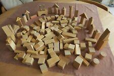 146 teiliges Bauklötze Holzspielzeug Set verschiedene Elemente 2-6Jahre giftfrei