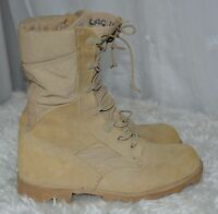 Used Canadian military desert combat boots size 6W ( wide ) #B-8