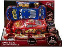 voiture Cars Flash Mc Quen transformable 3 en 1 Mattel