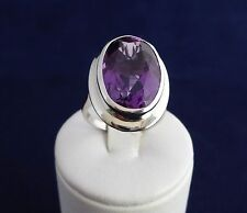 14/18CT WHITE GOLD RING-10.4gr. 18X13MM OVAL AMETHYST=11.84ct.=VALUATION
