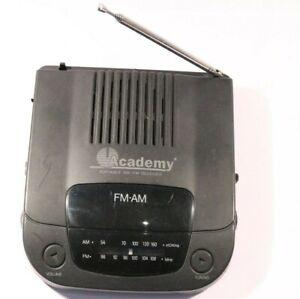 RETRO ACADEMY FM/AM RADIO RECEIVER