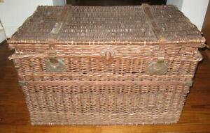 Antique Large French Wicker Trunk Shelf Brevete SGDG Modele Depose 'JW' 20/20/35