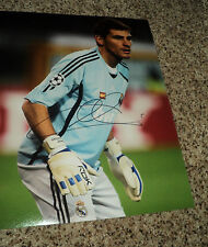 Iker Casillas Signed Real Madrid 11x14 Photo with proof
