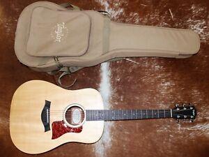 Taylor Big Baby Acoustic Guitar w/Case